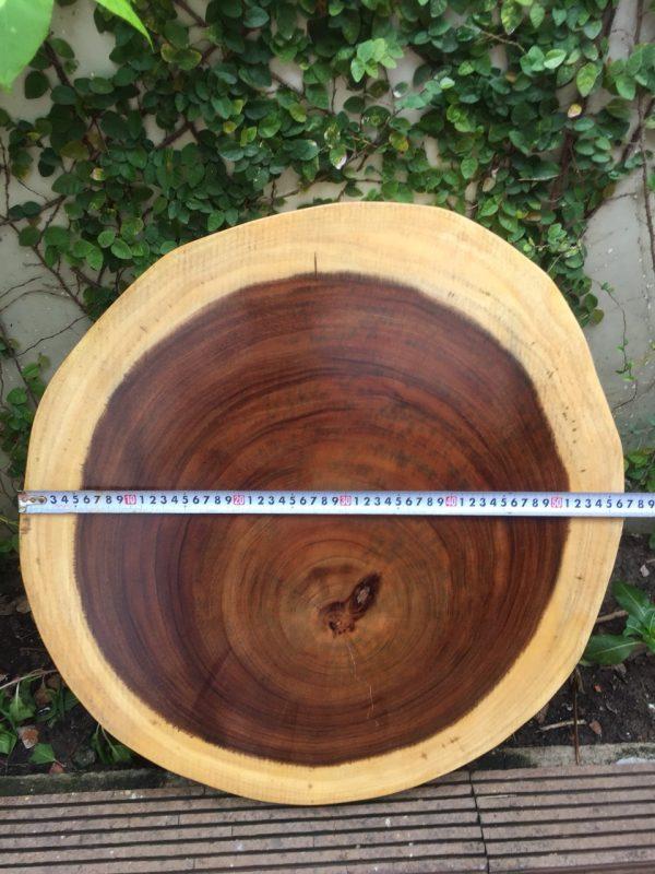 bàn tròn gỗ me tay nguyên tấm 60cm