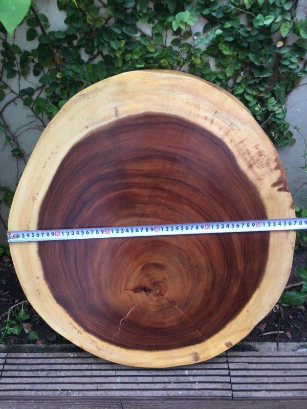 bàn tròn go me tây nguyen tấm 60cm