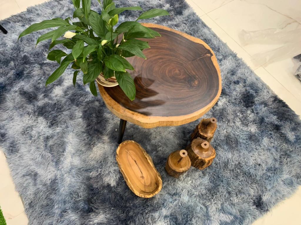 Khắc phục các lỗi thường gặp khi sử dụng bàn gỗ me tây