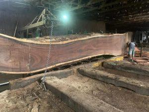 Mua sỉ bàn gỗ me tây nguyên tấm tốt nhất tại hồ chí minh