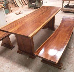 Các kiểu chân gỗ cho bàn gỗ me tây