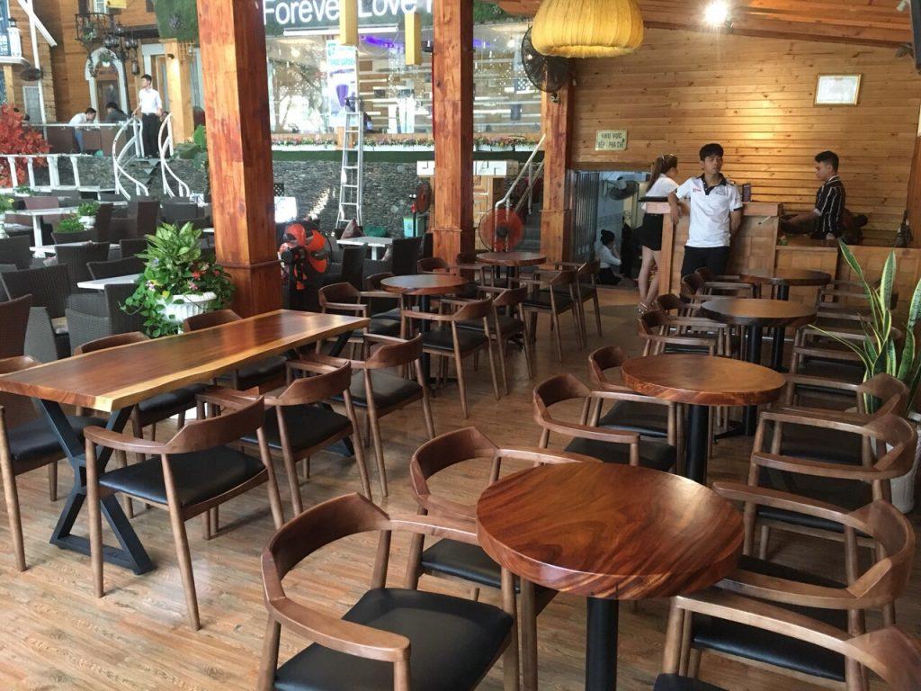 Nhà Hàng, Quán Cafe Thường Xài Bàn Gỗ Gì ?