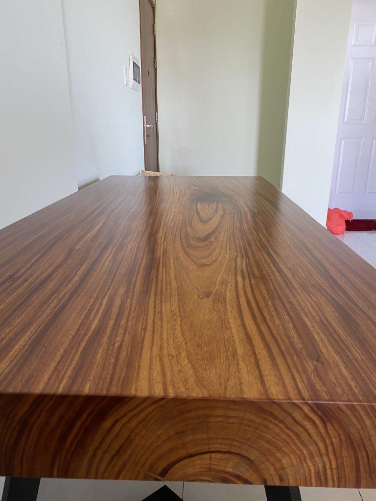 bàn gỗ Lim Vàng nguyên tấm