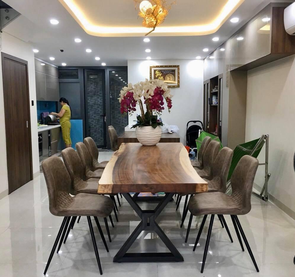 Xu hướng sử dụng bàn gỗ me Tây nguyên tấm trong thiết kế nội thất