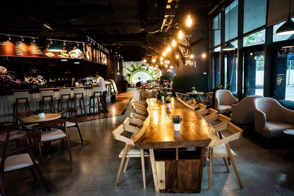 Bàn gỗ me tây nguyên tấm dành cho quán cà phê, cafe, nhà hàng
